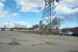 В Барнауле из промзоны валил черный дым