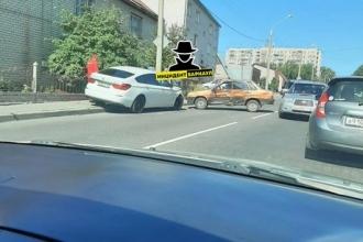 В Барнауле произошло ДТП с БМВ