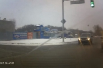 В Сети обсуждают автомобиль-призрак в Барнауле