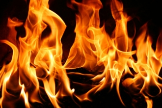 На Алтае в пожаре погибли две пенсионерки
