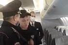 В Барнауле пьяного пассажира высадили из самолета