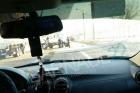 В Барнауле на дорогу рухнул столб