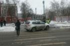 В Барнауле Ниссан сбил женщину-пешехода