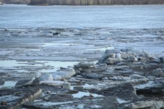 Ледоход в Барнауле еще не окончен