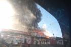 В Барнауле произошёл пожар в автомобильном магазине