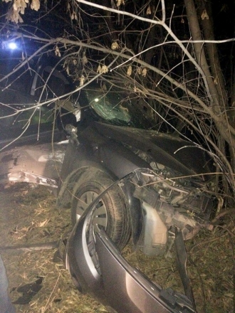 В Барнауле столкнулись три машины, есть пострадавшие