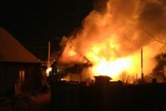 При пожаре в Барнауле на улице Фурманова погибли два человека