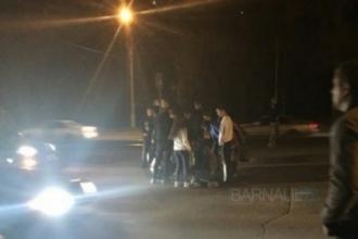 В Барнауле на перекрестке сбили пешехода