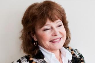 Лана Роговская презентовала детективный роман «Смерть у дольмена»