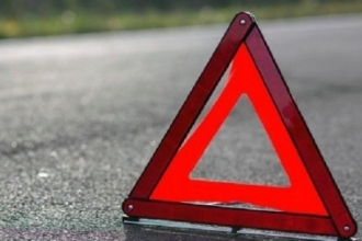 На трассе в Алтайском крае водитель насмерть сбил пешехода