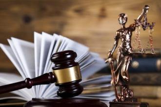 Условный срок за убийство при самообороне получила женщина из Барнаула