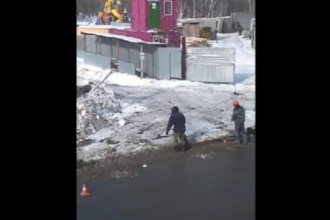 В Барнауле строители будут наказаны за сломанные бордюры на новой дороге