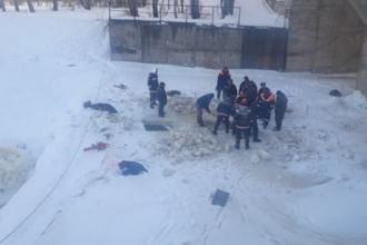 В Барнауле под лед провалился ребенок