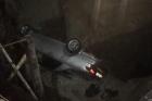 В Барнауле из-за ремонта машина вновь оказалась в огромной яме