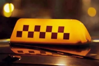Два барнаульца пытались убить таксиста