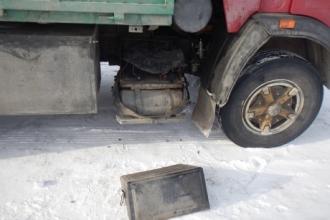 На Алтае задержали серийных похитителей аккумуляторов грузовиков