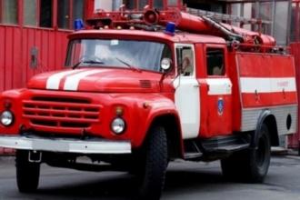 В Барнауле произошел пожар в многоквартирном доме