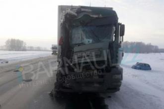 На границу Алтая произошла жуткая авария