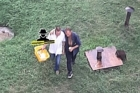 Барнаулец украл корзину с продуктами и поделился с товарищем