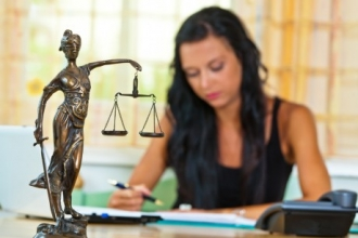 Как выбрать хорошего юриста?