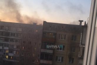 В Барнауле горела многоэтажка