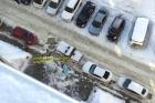 В Барнауле из окна выпала девушка подросток