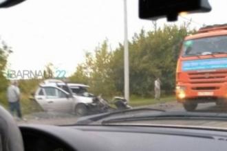 В Барнауле на улице Трактовой произошла смертельная авария