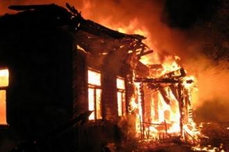 На Алтае две пенсионерки погибли в пожаре