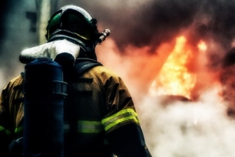 Торгово-развлекательный центр горел в Рубцовске