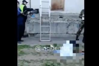 Из окна восьмого этажа в Барнауле выпала женщина