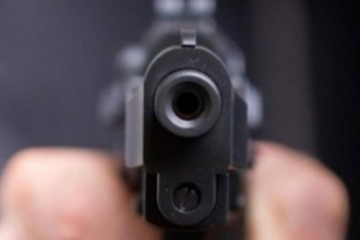 В Новосибирской области барнаулец ранил двух людей