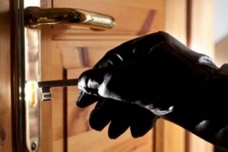 Полиция Барнаула задержала подозреваемого в серии краж
