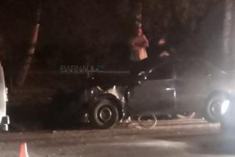 В ДТП в Барнауле погибла женщина