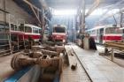 В Барнауле под трамваем погибла сотрудница депо