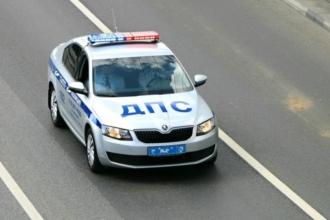 В Барнауле полиция преследовала иномарку