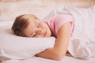 Уснувшую девушку обворовали на 25 000 рублей