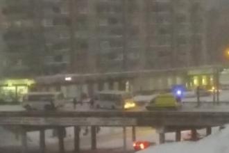 Во время движения автобуса в Барнауле водителю стало плохо