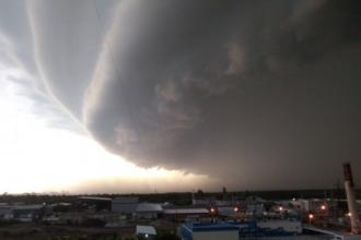 В Барнауле прошел сильнейший ураган и шторм