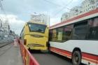В Барнауле столкнулись два пассажирских автобуса