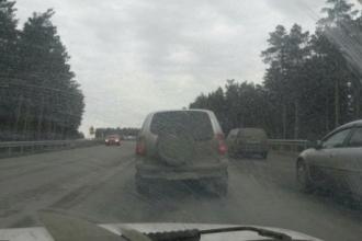 Большая пробка в Барнауле на ул. Власихинской образовалась из-за аварии