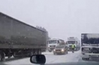На трассе Барнаул-Новосибирск перекрыто движение для фур