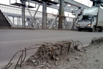 Старый мост в Барнауле больше не принимает большегрузы