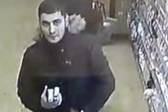 В Барнауле разыскивают парня, совершившего кражу из магазина