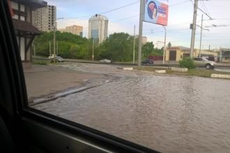 Пробки из-за прорыва в Барнауле
